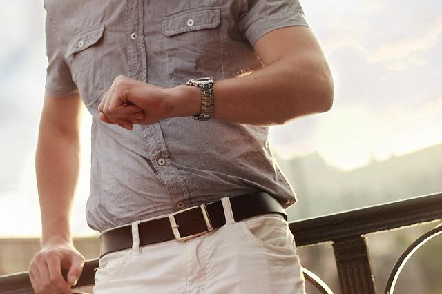 4 סוגים שונים של שעוני יוקרה שיעזרו לכם לבחור את הטוב ביותר